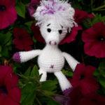 Caros Alberta liebt Blumen