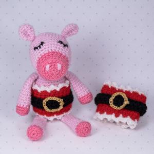Schweinchen Scarlett probiert einfach alles an...ständig bemüht einen neuen Trend zu kreieren.